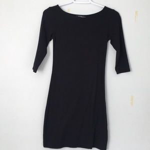 Aritzia's babaton bodycon dress